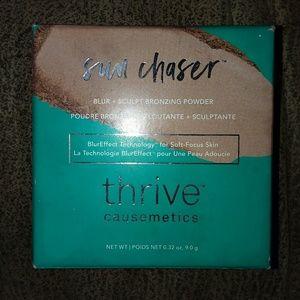 NWT: Thrive Cosmetics bronzer